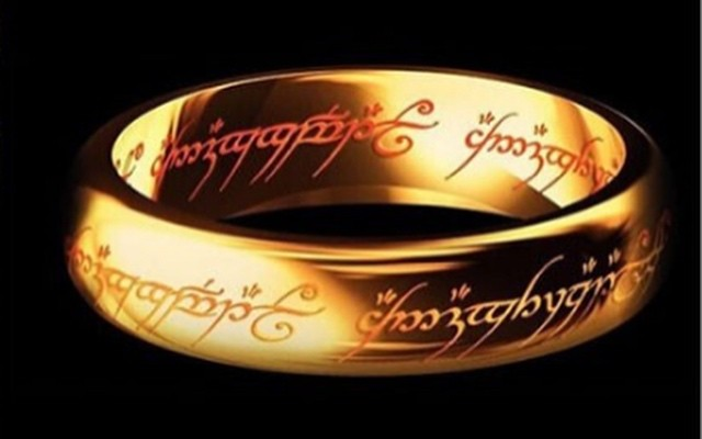 Кольцо The Lord of the Rings.